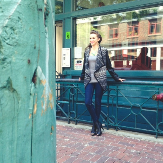 Marie looking gorgeous against all that turquoise! LOVE gastown for shooting!